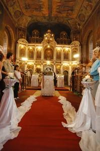 fotografie-nunta-interior-biserica-aranjare-caprice-arad-curtici